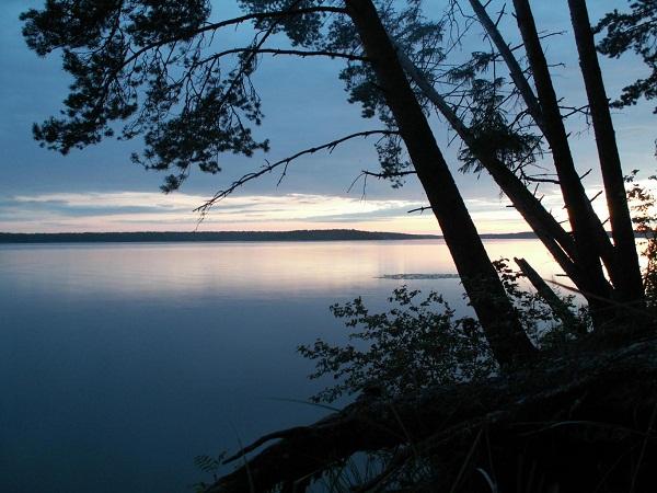 Закат на Шекснинском водохранилище