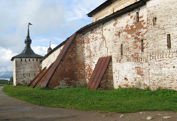Крепость Кирилло-белозерского монастыря